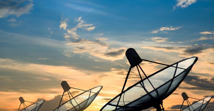 Satelliten-Domain
